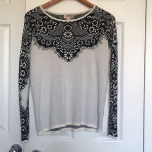 Forever 21 Lace Pattern Pullover